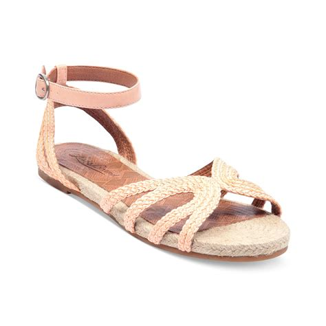 lucky brand sandals lucky brand dionna flat sandals in pink tulip lyst