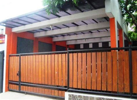 desain pagar kayu ulin minimalis sederhana model desain