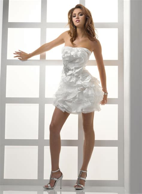 Kurze Hochzeitskleider by Kurze Hochzeitskleider Erscheinen Schick