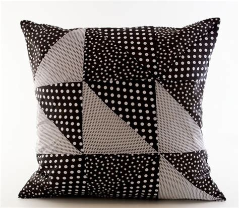 Icloud Pillows by Diy Patchwork With Triangles For Cushions By Sostrene