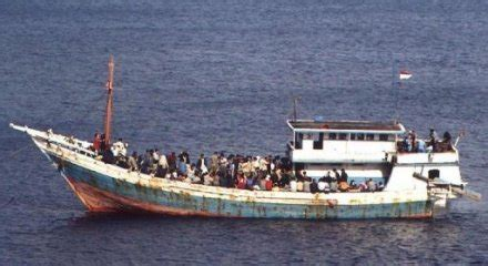refugee boat conditions you won t be settled in australia refugees in