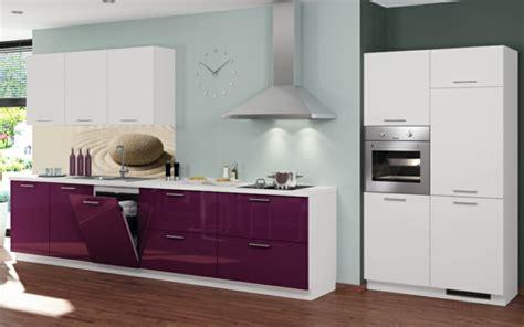 küche mit sitzgelegenheit magnetfeld bett