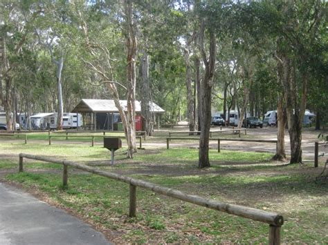 boreen point boat hire boreen point c ground review lake cootharaba c spots