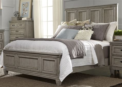 driftwood bedroom furniture grayton grove driftwood panel bedroom set 573 br qpb liberty