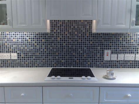 mosaic kitchen wall