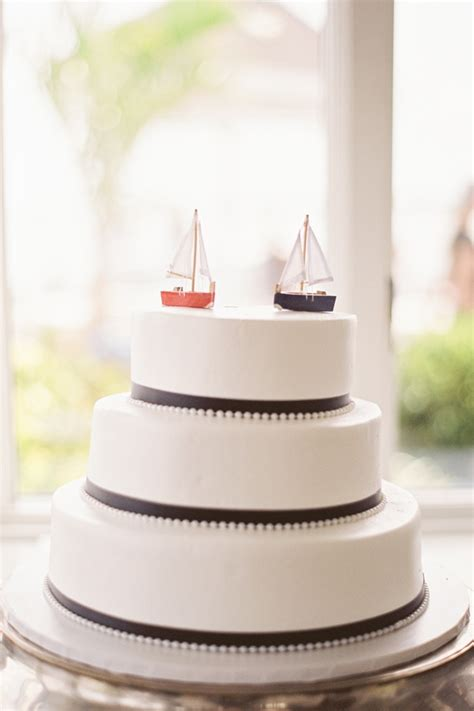 Nautical Themed Wedding - 10 nautical wedding cakes too pretty you may not want to eat knotsvilla