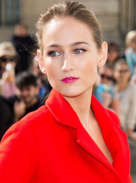 Leelee Sobieskis Pink by 5 Best Looks In Red 若戏浮生 新浪博客