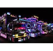 Dekotora Japans Tuned Trucks  VOYAPON