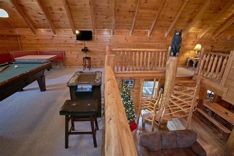 10 bedroom cabins in pigeon forge pigeon forge cabin mountain valley dreams 3 bedroom
