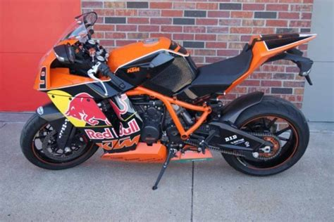 Ktm Rc8r For Sale Not One But Two Ktm Rc8r Akrapovic Editions Available