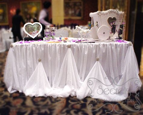 receiving table with voile cinderella skirting