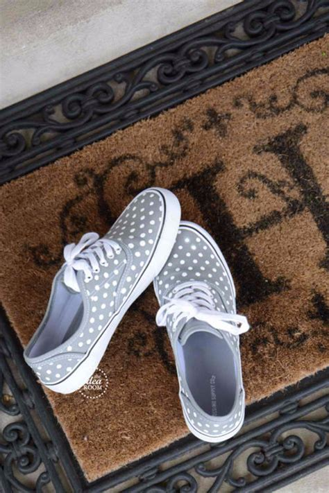 diy shoes 36 fabulous shoe makeovers anyone can do