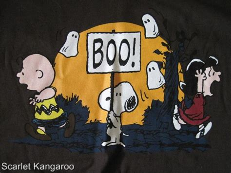 imagenes halloween snoopy snoopy halloween wallpaper peanuts snoopy watch shoes