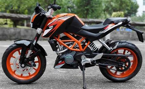 Ktm 200 Black 1 12 Scale Black Diecast Ktm Duke 200 Motorcycle Model