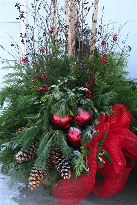 images of christmas urns outdoor holiday planters