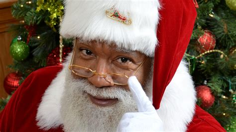 black santa up black santa claus larry jefferson is a hit at the mall of