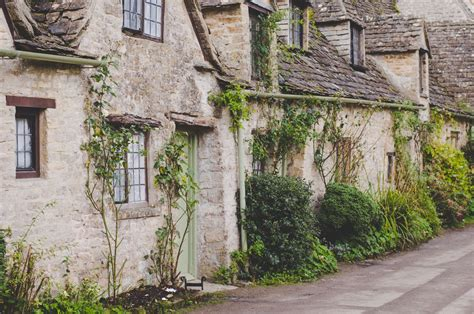 best villages in the cotswolds the cotswolds villages a complete guide for an