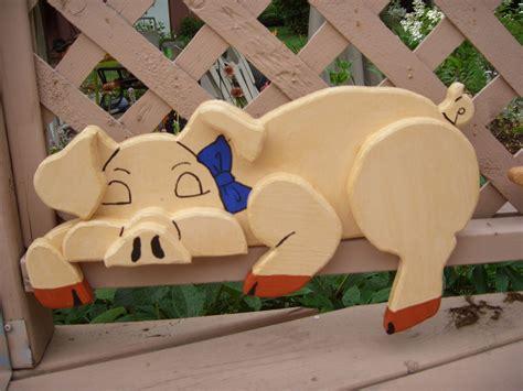 cochon au repos pig  rest projects   wood