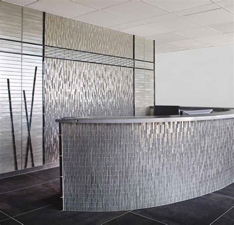 Glass Mosaic Tile Wall The Clear Choice For Setting Glass Tiles Welcome To D B