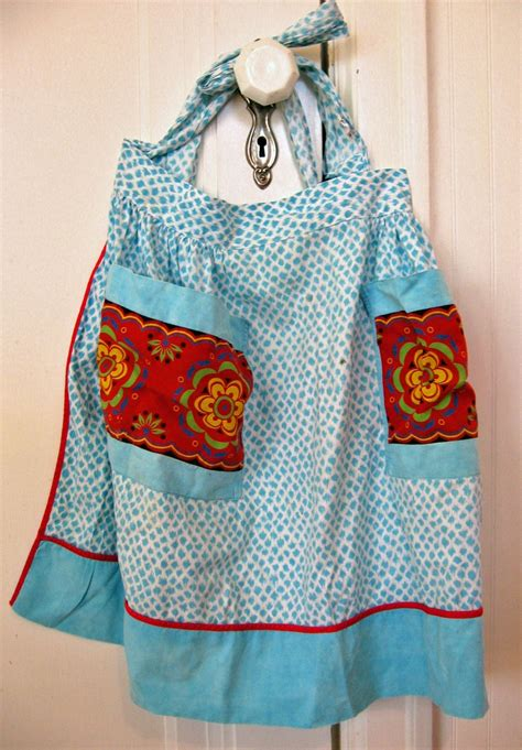 apron pattern cute 1000 images about aprons are making a comeback on pinterest