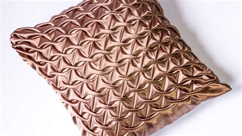How To Design Pillow Covers - diy decorating ideas smocked pillow cover design
