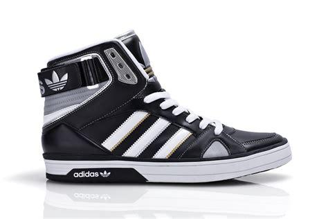 foot locker presenta adidas medal pack shopcapcentre footlocker gifts for