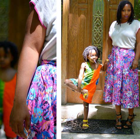 Rok Midi Flower Punching Skirt 601 Rok Midi Flare Lebar Rok skirt on legs thriftanista in the city