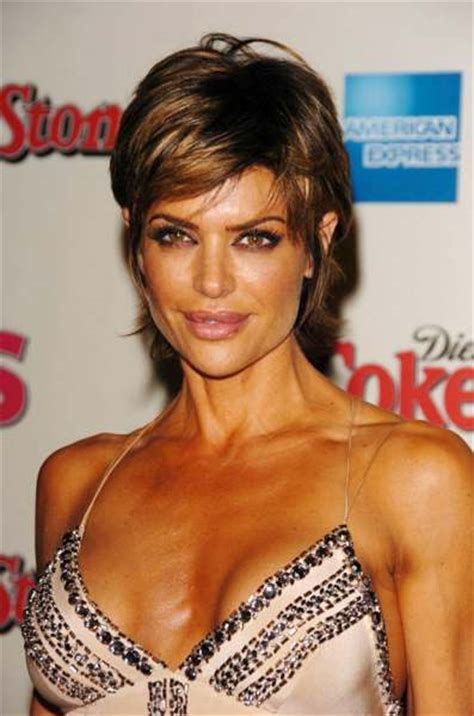 lisa rinna hair color highlights lisa rinna with blonde highlight hair style beauty