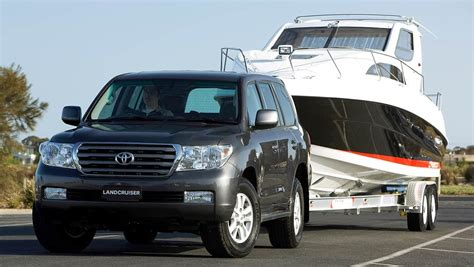 boat insurance with towing best tips for towing a boat on holiday car news carsguide