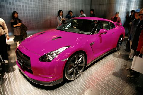 pink nissan share