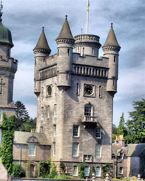 Castle Towers Gift Card - balmoral castle tower photograph by sarah e ethridge