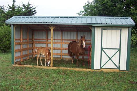 small horse barn plans horse barn  tack room