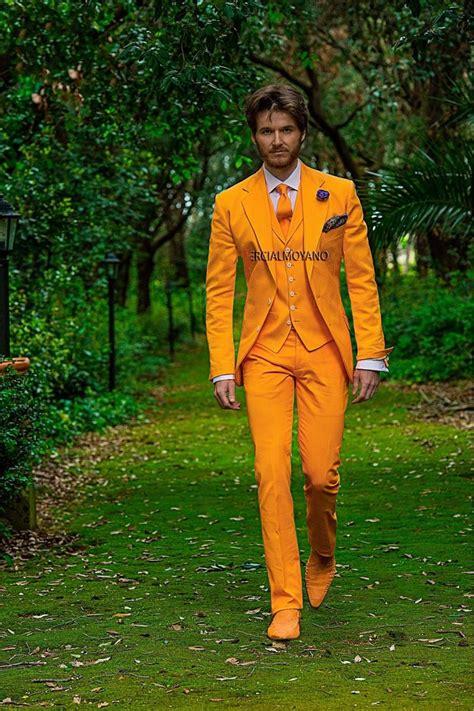 Jaket New Fashion Black Green Orange White Stylish New Impor new arrival two button orange groom tuxedos groomsmen s wedding prom suits custom made