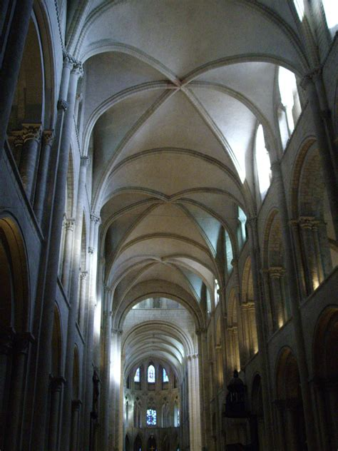 the ribbed vaults at the etienne caen are sexpartite and span two bays of the nave