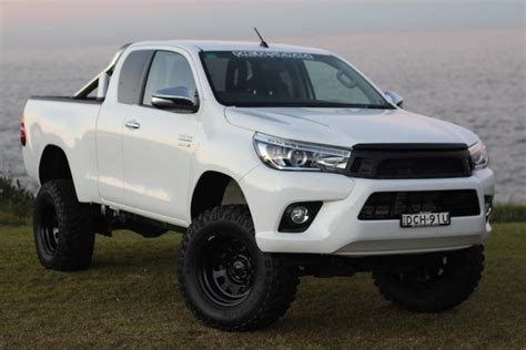 toyota lift vmn lift kit for hilux 2015 and on