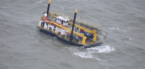 offshore crew boat companies four crew rescued in louisiana liftboat mishap workboat