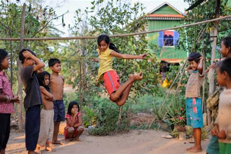 Kids Playing In Backyard 7 Games From Around The World Be A Fun Mum