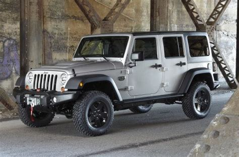 call of duty jeep modern warfare introducing the 2012 jeep wrangler call of duty modern