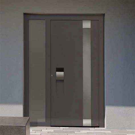 porta di ingresso porte che isolano per una casa che risparmia energia