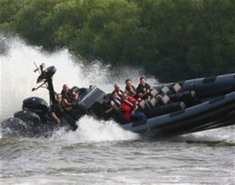 speedboot warnemünde speedboot fahren in wiesbaden schierstein als