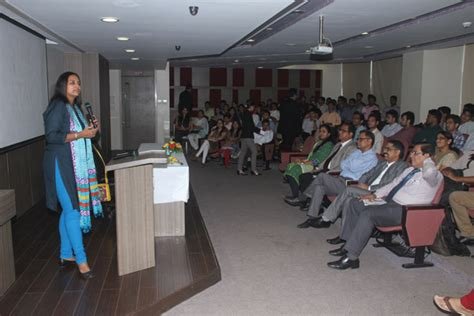Saraf College Mba by Durgadevi Saraf Institute Of Management Studies Dsims