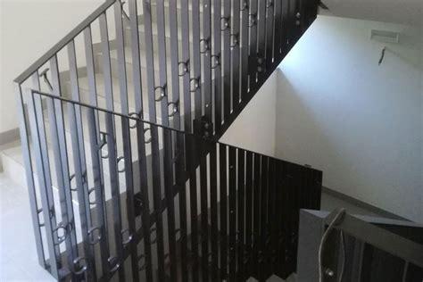 ringhiera scale ringhiera scale ringhiera in ferro battuto verniciato per