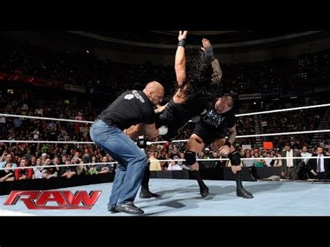 roman reigns bench press video evolution attacks the shield monday night raw may