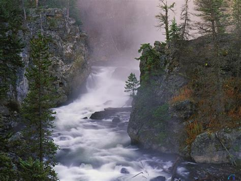 desktop wallpaper yellowstone park download wallpaper firehole river yellowstone national