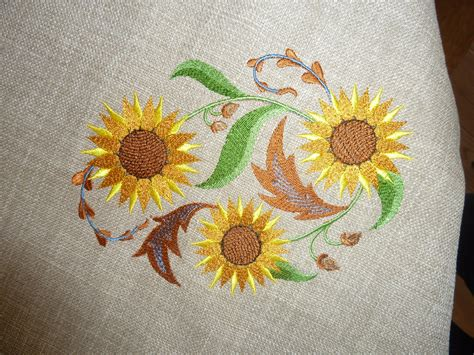 embroidery design for table cloth free embroidery designs cute embroidery designs