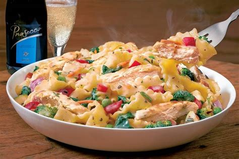 Many Olive Garden And Macaroni Grill Dishes Are 1 000 Calories Consumerist Dining Out Olive Garden Adds Two New Lighter Dishes