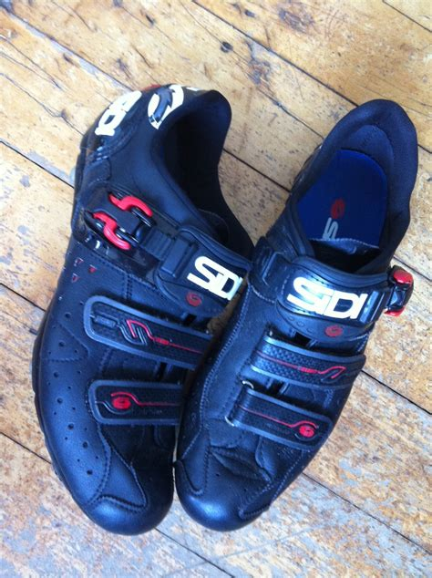 clip on bike shoes going clipless iii stylish shoes montague bikes
