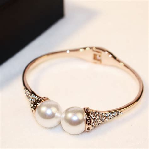 Accessories Gold Bracelet gold plated acrylic pearl cuff bracelets with rhinestones new style womens bracelet jewelry