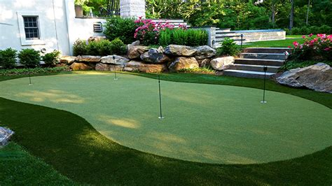 cost  build  putting green