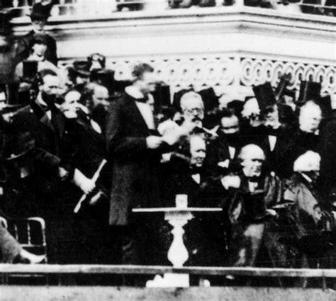 lincoln inaugural address 1865 lincoln s second inaugural address
